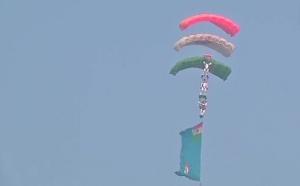 हिंडन एयरबेस पर वायुसेना का शौर्य देखिए यहां