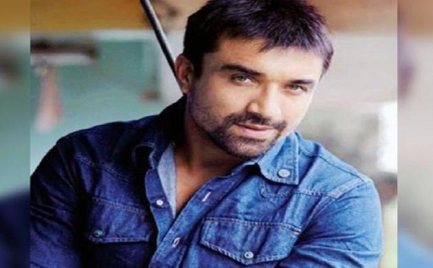 'बिग बॉस' फेम एजाज खान को ड्रग्स रखने के जुर्म किया गया गिरफ्तार