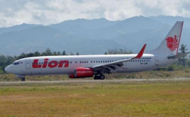जकार्ता से सुमात्रा जा रहा विमान बीच रास्ते में क्रैश
