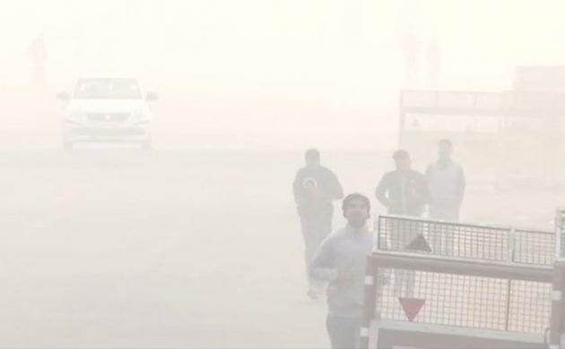 दिल्ली में बढ़ा वायु प्रदूषण, फिर जहरीली हुई हवा
