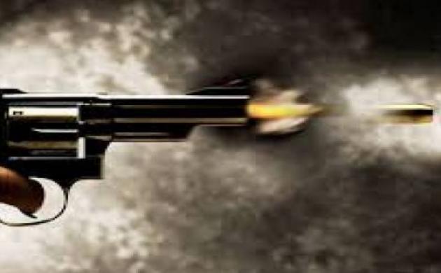हर्ष फायरिंग में दो महिलाओं की मौत, कई घायल
