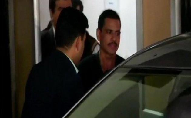 रॉबर्ट वाड्रा ईडी के दफ्तर से बाहर निकले, करीब 8 घंटे तक हुई पूछताछ