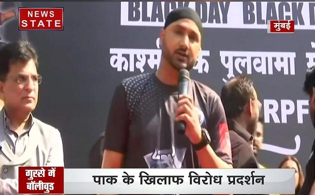 Pulwama Attack: पुलवामा हमले पर बॉलीवुड में ब्लैक डे, शहीदों के नाम पर प्रेयर मीट