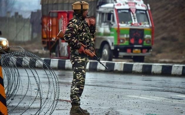 Jammu Kashmir: हंदवाड़ा एनकाउंटर में ज़ख़्मी CRPF जवान शहीद