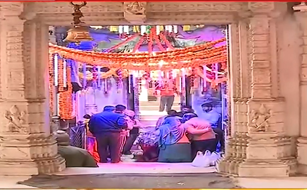 Mumbai Mahashivratri 2019: महादेव को मनाने का सबसे शुभ दिन, मंदिरों में भक्तों की भीड़