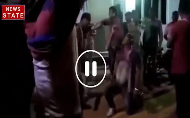 Viral Video : होली के मौके पर गोरखपुर पुलिस की करतूत आई सामने