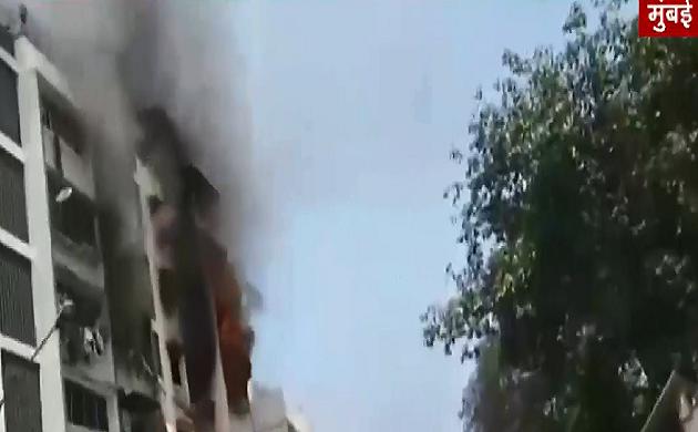मुंबई के  अंधेरी इलाके में बिल्डिंग में लगी आग