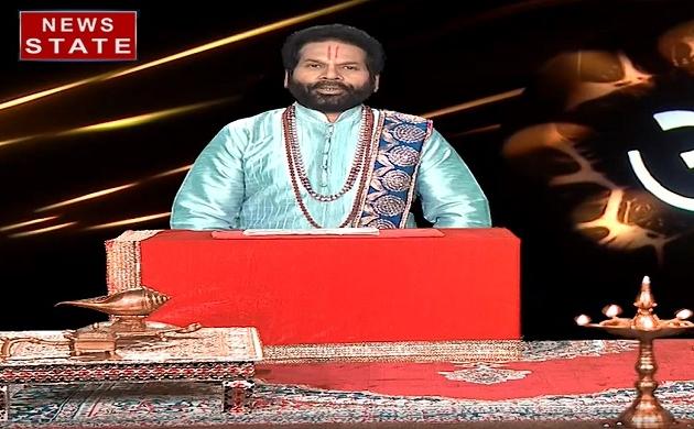 Luck Guru : जानिए घर में छिपकली का होना है शुभ या अशुभ संकेत, देखें Video