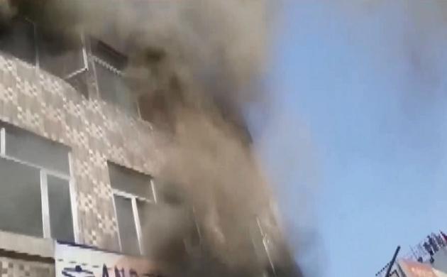 Breaking : फरीदाबाद के निजी स्कूल की इमारत में लगी आग, 3 लोगों की मौत