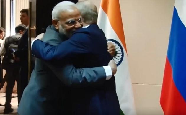 Breaking : विश्केक में Putin से मिले PM Narendra Modi