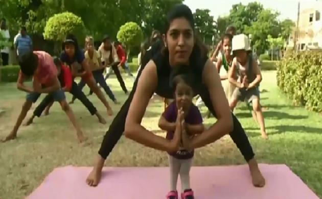 योग क्रांति : चीन से लेकर अमेरिका तक योग का क्रेज़, देखिए VIDEO