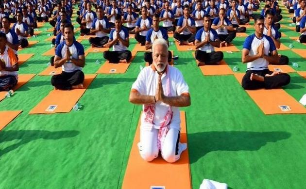 International Yoga Day 2019: देखिए रांची में योग कर पीएम मोदी ने दी लोगों को स्वस्थ रहने की प्रेरणा