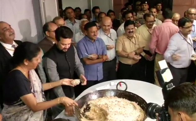 Budget 2019: बजट से पहले हलवा सेरेमनी का किया गया आयोजन