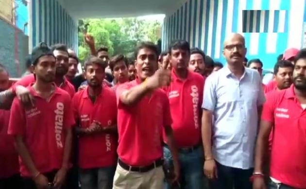 पश्चिम बंगाल: फिर विवादों में फंसी Zomato, हड़ताल पर गए फूड डिलीवर स्टाफ