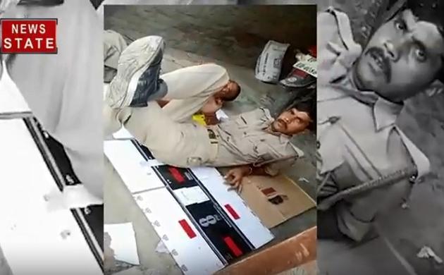 Viral Video: कानपुर देहात- वर्दी पहन नशे में धुत्त झूम रही यूपी पुलिस, देखें यह हैं प्रदेश के रक्षक