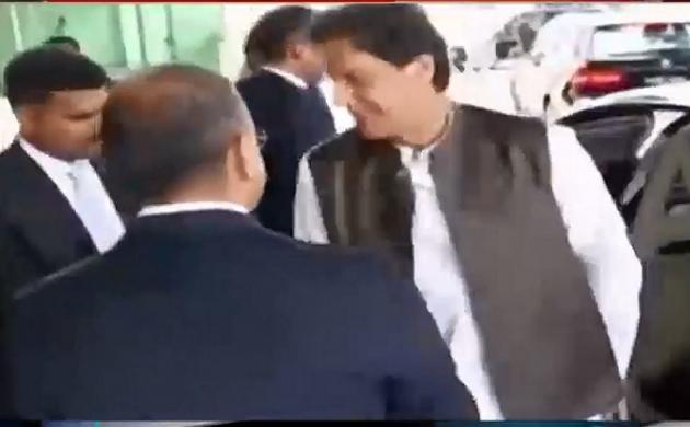 लाख टके की बात: करतारपुर कॉरीडोर पर पाकिस्तान का यू-टर्न, कही ये बात
