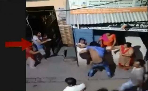 यूपी: कानपुर में बेखौफ बदमाशों ने लोगों को दौड़ा-दौड़ा कर पीटा, महिलाओं को भी नहीं बख्शा