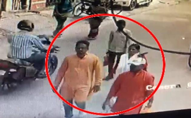 कमलेश तिवारी के संदिग्ध हत्यारों की सीसीटीवी फुटेज सामने आई