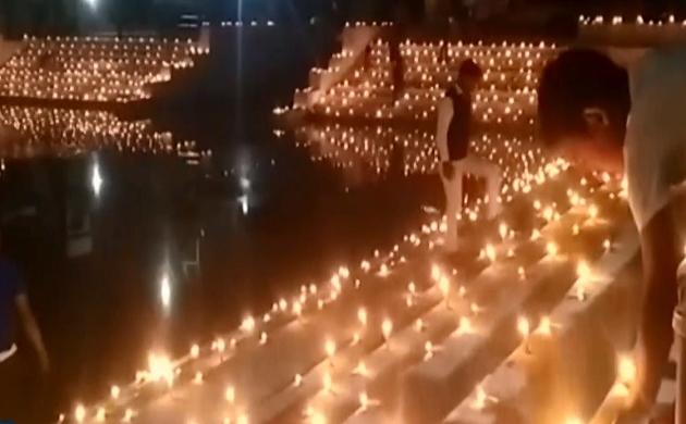 कार्तिक पूर्णिमा पर रोशनी से जगमगाए बनारस-काशी के घाट, देव दीपावली की रौनक में उमड़े लाखों श्रद्धालु