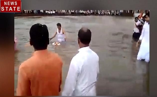 Special: देखिए भगवान की अद्भुत लीला, पानी में नहीं डूबी भगवान की यह प्रतिमा