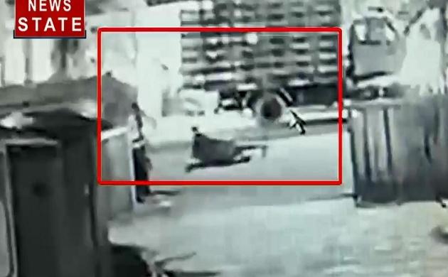 कोच्चि एयरपोर्ट के पास युवक के साथ तीन बदमशों की बर्बरता, सड़क के बीचोंबीच बेरहमी से की हत्या