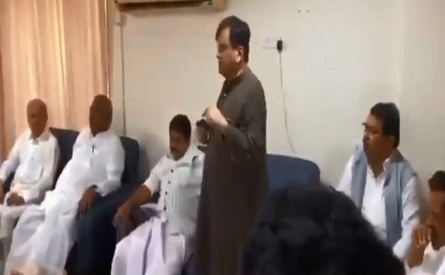 नेता अहमद पटेल ने विधायकों को एकजुट कर समझाया- बीजेपी को हराना है, कांग्रेस के सम्मान को बचाना है, देखें Video